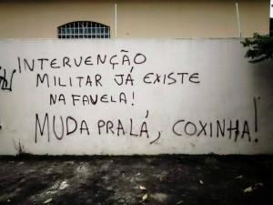 Intervenção militar na favela